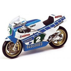 YAMAHA 250L C. Sarron World Champion 1984