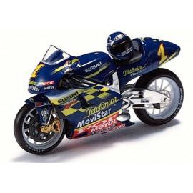 SUZUKI RGV500 K.ROBERTS 2001